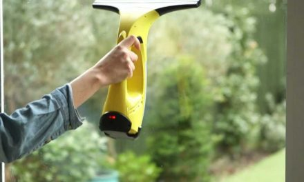 The Best Way to Clean Windows Quickly and Effectively – With This Amazing Gadget